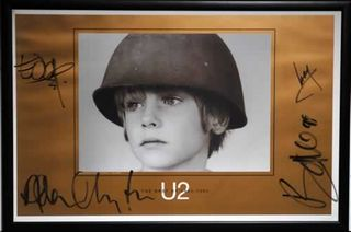 U2-The-Best-Of-1980-145043