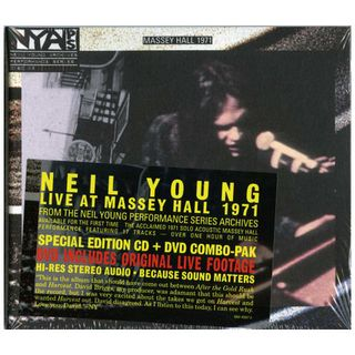 Neil-Young-Live-at-Massey-Ha-393904