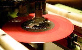 Vinyl 0764_180413_WSVinylPressing09_JQ